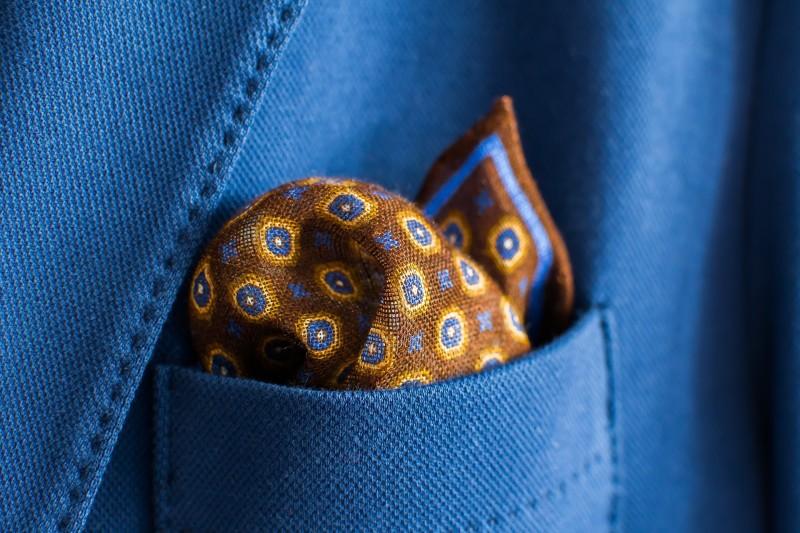 Flotte klassiske og moderne lommetørklæder til den modebevidste mand hos Hugo P